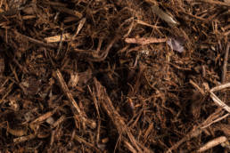 Landscaping Ground Covers: 2″ Premium Mulch