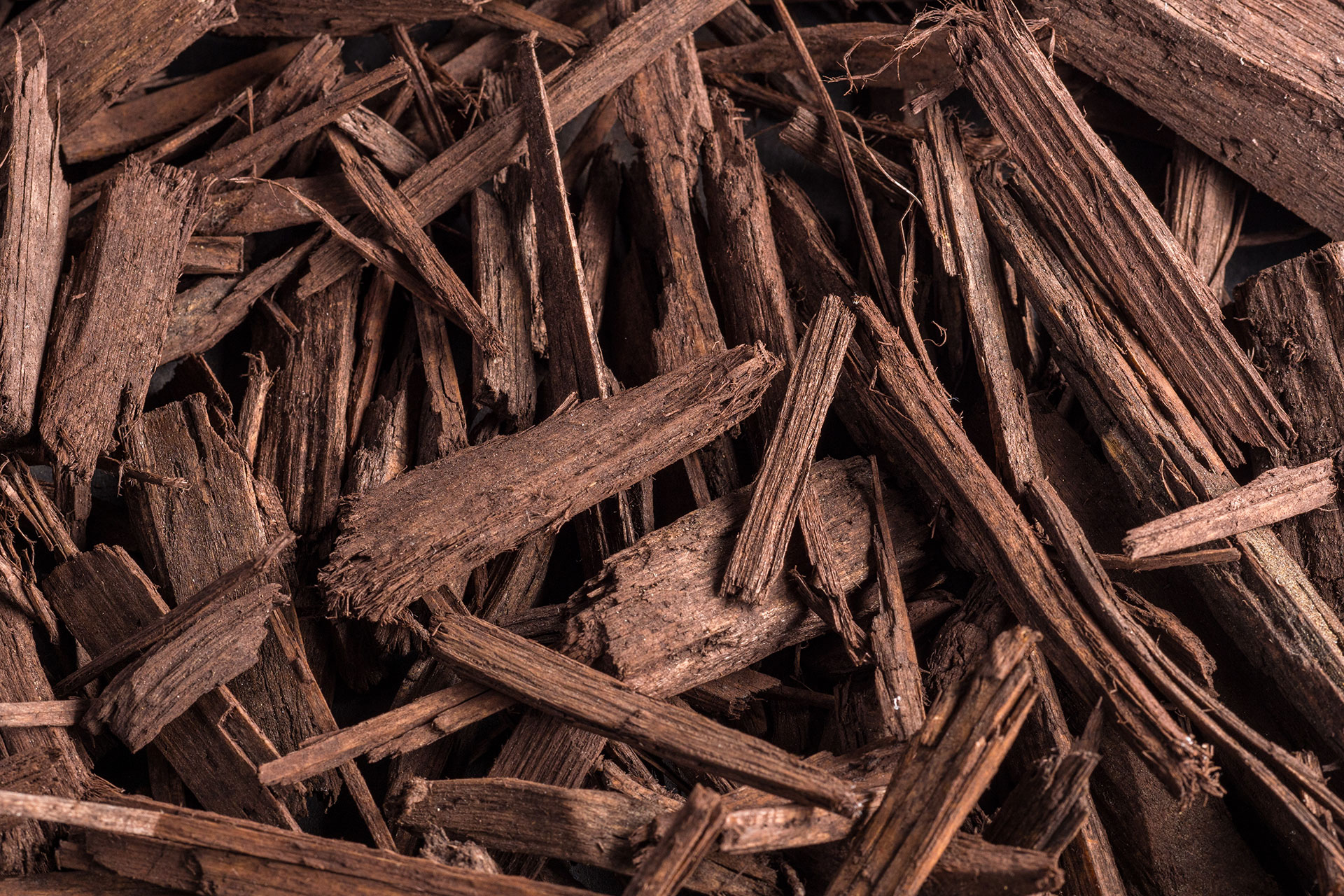 Landscaping Ground Covers: Brown Wood Chips